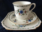 CAREWORN - Shelley 'Chelsea' pattern tea trio